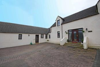 Maybole North Carrick and Coylton, South Ayrshire, KA19, 5 bedroom property