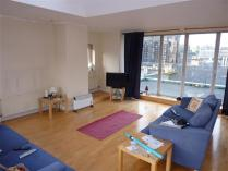 Chambers St 30b Flat 11 Living Area (Small).JPG