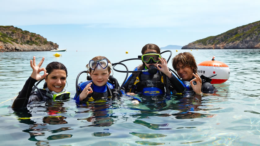 Learn Scuba Diving at Daios Cove