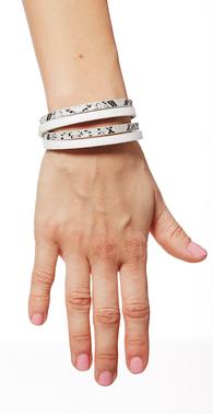 Hvidt slange armba%cc%8and