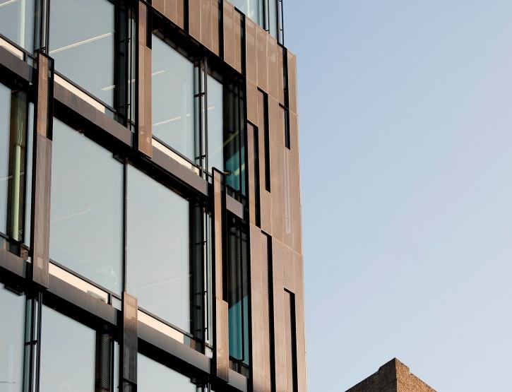 PILESTREDET-fasade close up