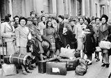 West Indian women with luggage, 1943-1947 (c)
