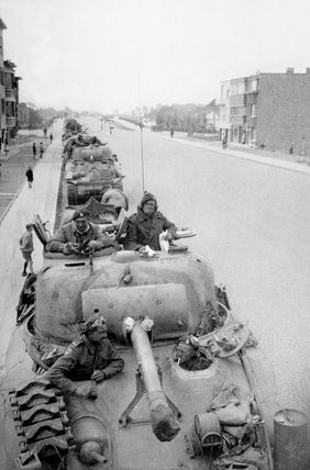 Sherman tanks, 3rd/4th County of London Yeomanry, Boom, Belgium, 1944
