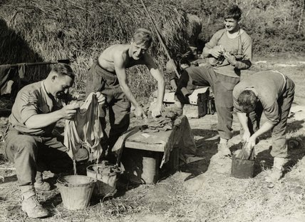 5th Army troops washing clothes, Italy, 1943