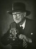 E Chambré Hardman with his Rolleiflex