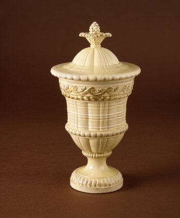 Engine turned Wedgwood creamware vase and cover c.1764-68