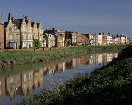 North Brink, running along the banks of the Nene, is home to Peckover House