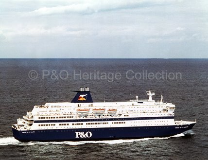 PRIDE OF LE HAVRE at sea