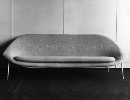 Tub settee from CANBERRA