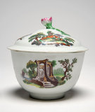 Worcester porcelain sugar bowl and cover