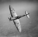 Supermarine Spitfire Mk Vb of No. 92 Squadron, 19 May 1941. This aircraft, serial R6923, was shot down by a Messerschmitt Bf 109 on 22 June 1941.