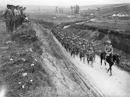 2nd Battalion Gordon Highlanders marching to the trenches along Becordel-Fricourt Road, Somme, October 1916.