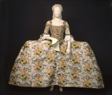 Court dress worn by Mrs. Ann Fanshawe: 18th century