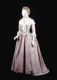Silk open-skirt dress with matching peticot: 18th century