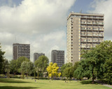 Warwick Estate: 1998