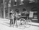 A street tinker: Late 19th century