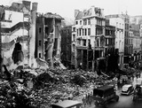 Bomb damage at numbers 10-12 New Bridge Street: 1940