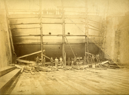 Dry dock caisson at Tilbury Docks: c.1900