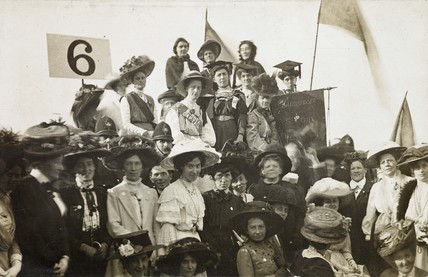 Irish Suffragettes taking part in a procession: c.1908