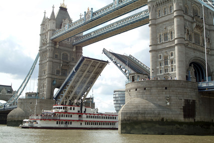 Tower Bridge; 2010