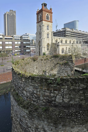 London Wall and St Giles-without-Cripplegate; 2011