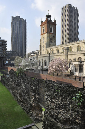 The Old London Wall and St Giles-without-Cripplegate; 2011