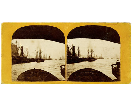 Stereoscopic view of the Port of London ; 1865-1880