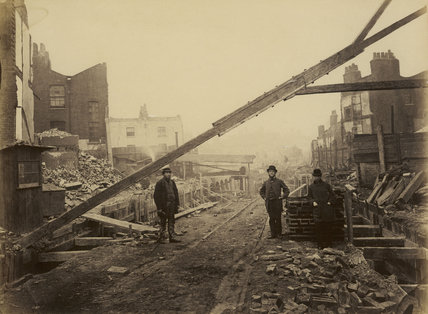 The construction of the Metropolitan District Railway; c.1866