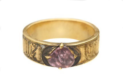 Finger ring or posy ring; c. 1470