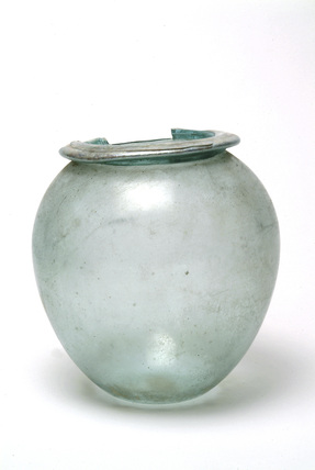 Roman flat-rimmed cremation urn