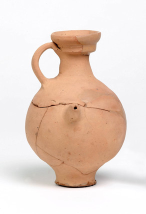 Roman feeding bottle