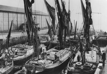 Spritsail barges on the Thames: 1930