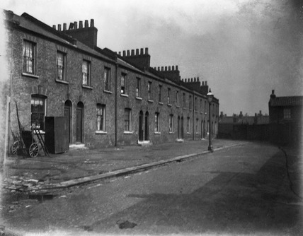 Buildings at Neath Place: c.1900