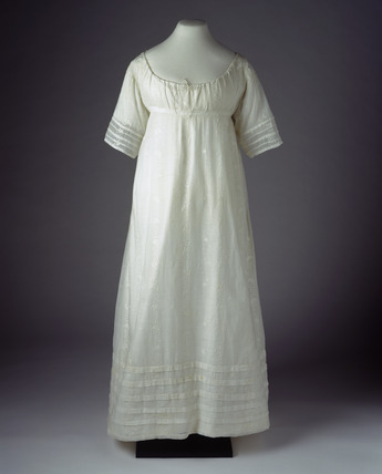 Cotton muslin dress: 19th century