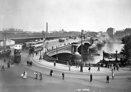 Blackfriars Bridge and Bankside: 20th century