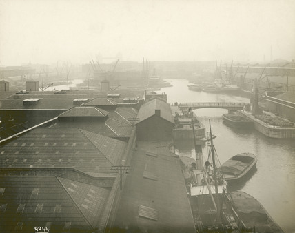 Looking over the western end of the London Docks:1921