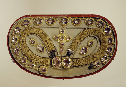 Set of Jewels or Parure: 1860