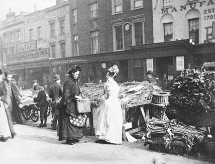 Street traders in the New Cut: 1893
