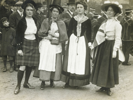 A group of suffragettes in the costume of England, Scotland, Ireland and Wales. 1908-1914