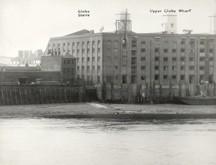 Thames Riverscape showing Globe Stairs and Upper Globe Wharf: 1937