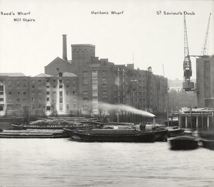 Thames Riverscape showing Reed's Wharf, Mill Stairs, Meriton's Wharf and St Saviours Dock: 1937