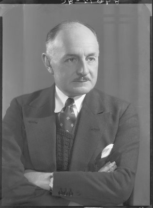 Sir Reginald Kennedy Kennedy-Cox