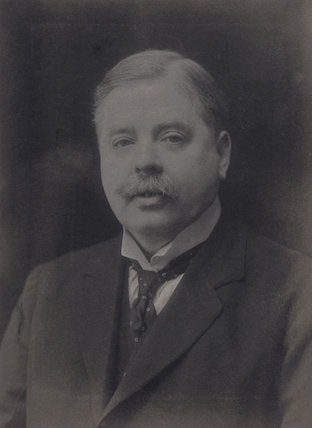 Sir (Robert) Leicester Harmsworth, 1st Bt