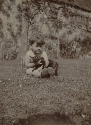 Barbara Strachey (Hultin, later Halpern) with cat