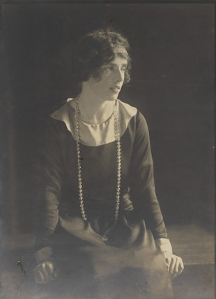 Lady Doris Vyner (née Gordon-Lennox)
