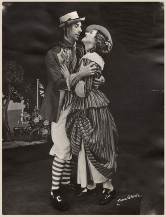 Geoffrey Thomas Dunn; Winifred Radford as John and Molly in 'The Brickdust Man'