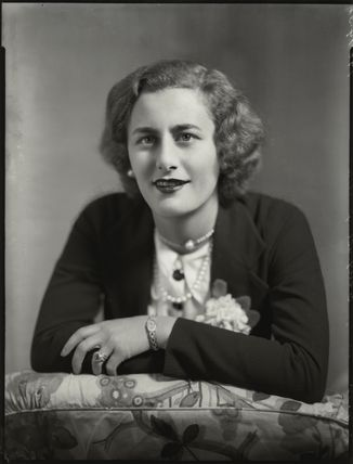 Cynthia Mary (née Brookes), Lady Smith