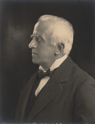 Sir Charles Russell, 1st Bt