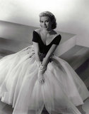 Grace Kelly in a dress designed by Edith Head