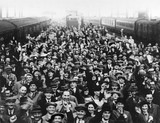 Crowds at Waterloo Station, London, 28 April 1939.